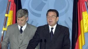 Schröder: Keine deutschen Soldaten beteiligt