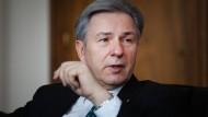 Kritisiert die Zusammenarbeit mit dem Bund beim Bau des BER-Flughafens: Klaus Wowereit