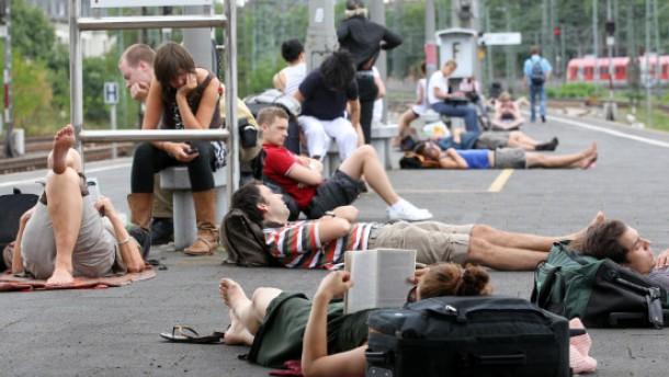 Zughersteller wettern gegen Bahnchef Grube