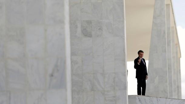 Wie lange kann sich Bolsonaro noch halten?