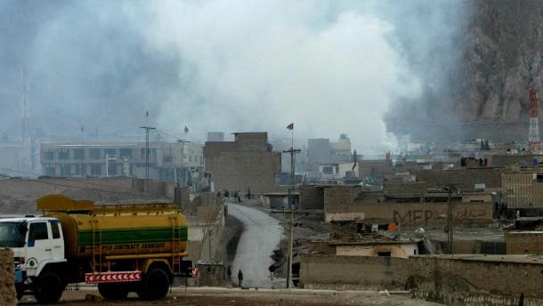 Mehr als 80 Tote durch Bombenanschlag