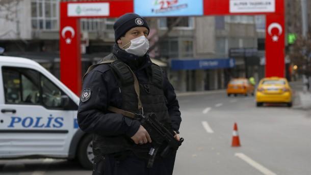 Über 250 Festnahmen wegen Terrorvorwürfen in der Türkei