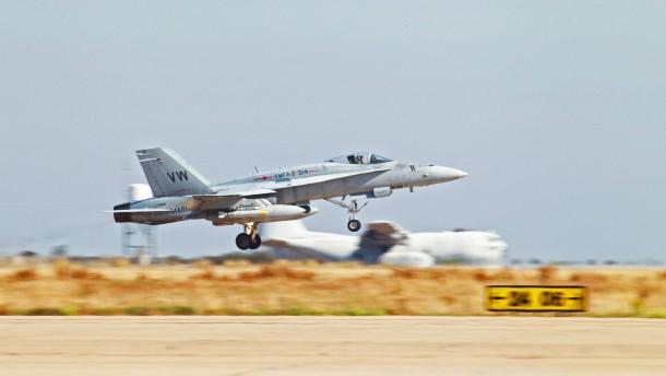 Viele tote Zivilisten bei Luftangriff der Anti-IS-Koalition