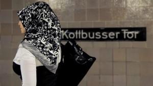 CDU will Druck auf Zuwanderer erhöhen