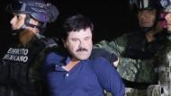 """Joaquín """"El Chapo"""" Guzmán bei seiner Festnahme am 8. Januar. Ein Interview mit Schauspieler Sean Penn hatte den Behörden geholfen, ihm auf die Spur zu kommen."""