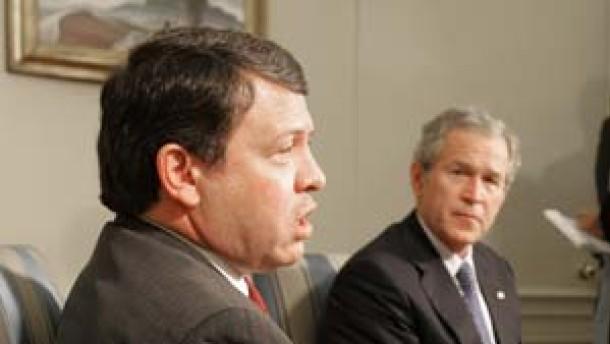 Bush: Gewalt ist kein akzeptables Mittel