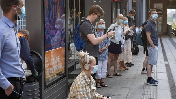 Der lange Weg zur Maskenpflicht