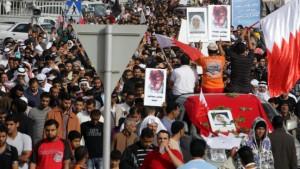 """Neue Proteste und ein """"Märtyrer-Begräbnis"""""""