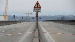 Verkehrschaos in Rhein-Main dauert noch sechs Wochen an