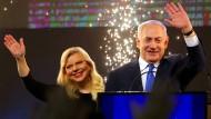 Ministerpräsident Benjamin Netanjahu und seine Frau Sara am Wahlabend