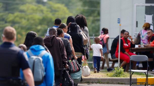 Migranten nach Maß
