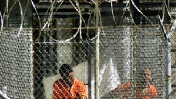 """""""Guantanamo-Häftlinge haben das Recht auf einen Anwalt"""""""