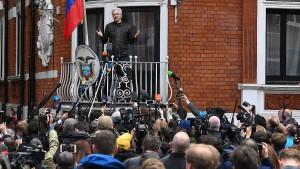 Assange: Der Krieg fängt gerade erst an