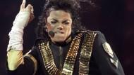 Michael Jackson soll 200 Millionen Dollar Schweigegeld gezahlt haben