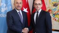 Treffen in New York: Der türkische Außenminister Mevlut Cavusoglu zusammen mit seinem deutschen Amtskollegen Heiko Maas (rechts)