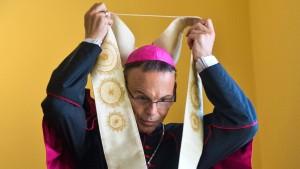 Bischof Tebartz-van Elst muss 20.000 Euro zahlen