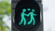 Westeuropa ist bei der Homo-Ehe toleranter