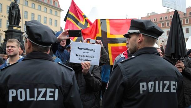 Polizist ins Dresdner Präsidium einbestellt