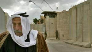 Israel läßt 900 Palästinenser frei