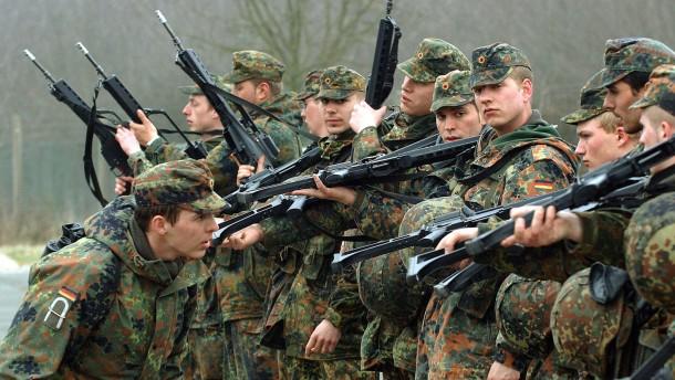 Rechnungshof kritisiert Verteidigungsministerium wegen Sturmgewehr