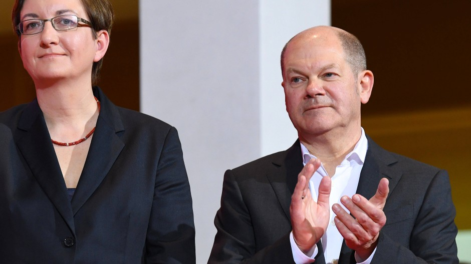Leerstück SPD-Mitgliederentscheid: Das unterlegene Kandidaten-Duo Olaf Scholz und Klara Geywitz