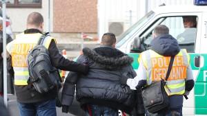 "CDU-Politiker Caffier wirft SPD ""Verrat am Rechtsstaat"" vor"