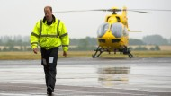 Ein leichtes Ziel für Terroristen? Prinz William bei seiner neuen Arbeit als Rettungspilot
