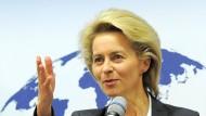 Greift durch: Ursula von der Leyen hat von Hiobsbotschaften aus dem Rüstungsbereich ihres Hauses genug