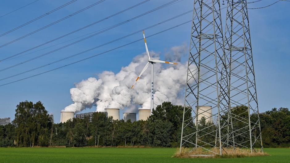 Im Energiesektor sind die Einsparungen am stärksten.