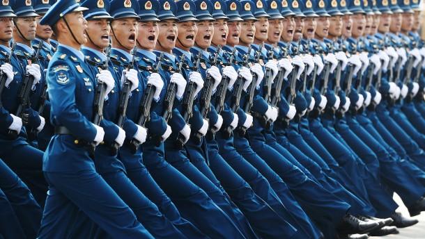 China droht Amerika mit Vergeltung für Rüstungsdeal