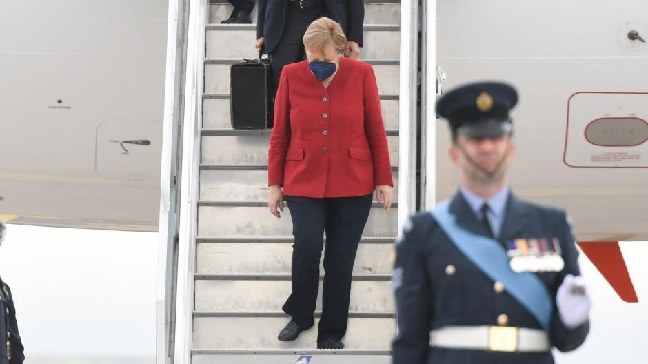 Mitte Juli wird Bundeskanzlerin Angela Merkel im Weißen Haus erwartet. Amerikas Präsident Joe Biden hatte sie im Juni beim G-7-Gipfel in Cornwall getroffen, für den sie am 11. Juni auf dem Flughafen in Newquay ankam.