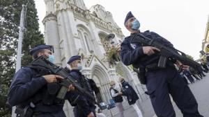 Frankreich unter Attacke