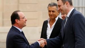 Frankreich übt sich in Zurückhaltung