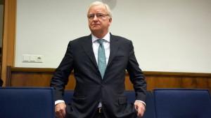 Gerd Niebaum legt Geständnis ab
