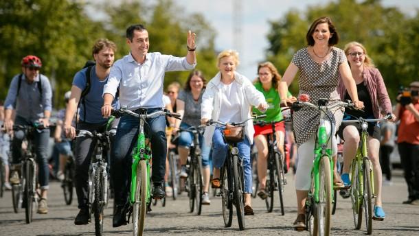 Özdemir wünscht sich Deutschland als Paradies für Fahrradfahrer