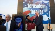 Berät Trump bei seiner Israel-Politik: Der künftige amerikanische Botschafter David Friedman (li.)