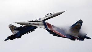 Russisches Kampfflugzeug kommt amerikanischem Aufklärer gefährlich nahe