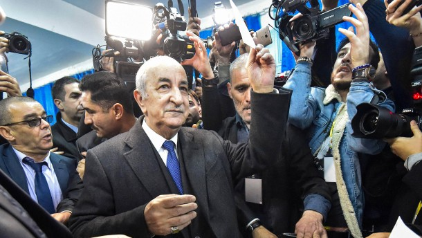 Früherer Ministerpräsident Tebboune gewinnt Präsidentenwahl in Algerien