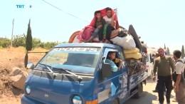 Immer mehr Menschen fliehen aus Idlib