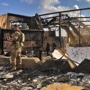 Ein amerikanischer Soldat steigt eine knappe Woche nach dem iranischen Raketenangriff durch die Trümmer auf der Luftwaffenbasis al Asad.