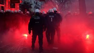 """Demonstration für """"Rote Flora"""" endet gewaltsam"""