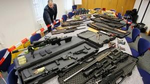 """""""Reichsbürger"""" müssen Waffen abgeben"""