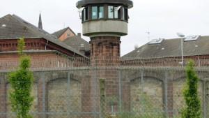 Wie teuer müssen Gefängnisse sein?