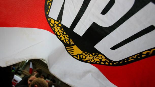 Neue Debatte über NPD-Verbot