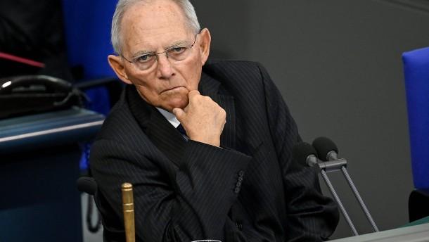 """Schäuble: """"Das ist schlicht unanständig"""""""