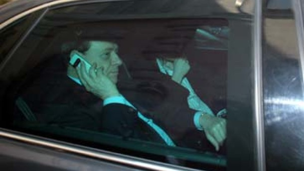 Berlusconi vor dem Rücktritt?