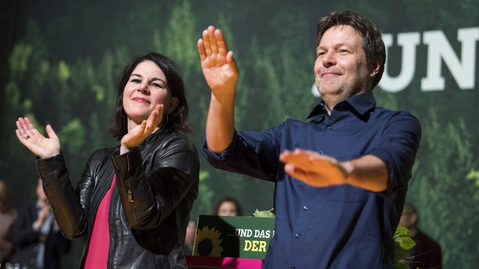 Annalena Baerbock und Robert Habeck, die beiden neu gewählten Parteivorsitzenden der Grünen 2018 in Hannover