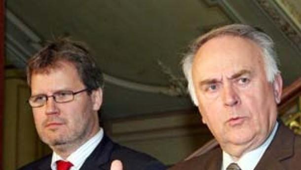 SPD setzt sich durch - Vier Minister in Sachsen-Anhalt