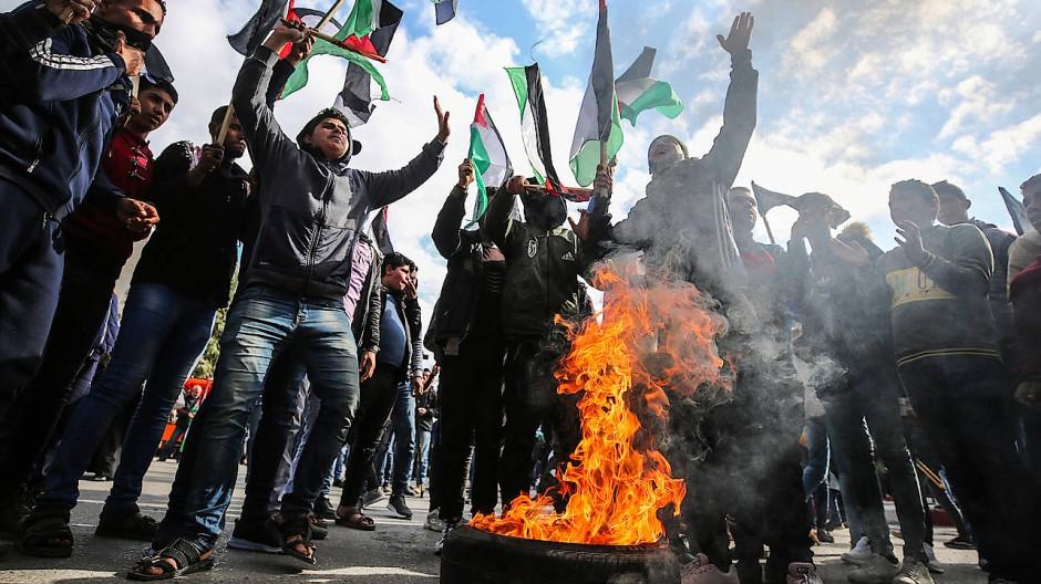 Vorauseilender Protest gegen Trumps Jahrhundertplan in den Straßen von Gaza