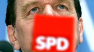 Schröder will länger im Kanzleramt wohnen